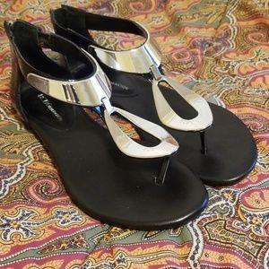 BCBGeneration silver/black patent leather sandal